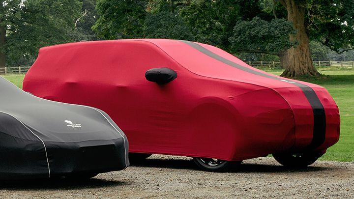 Preloved Prestige + indoor car cover